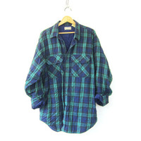 20% Off SALE Vintage navy blue and green Plaid Flannel Jacket / thick Grunge Shirt / Button up insulated shirt / LL Bean preppy coat / size