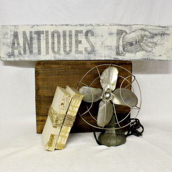 Reclaimed Antiques Sign - Farmhouse sign - Antique Sign - Distressed White - Vintage Pointing Hand - Farmhouse Antique - Vintage Sign