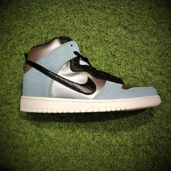 Nike Dunk Hi LX   Sneakers Shoes 881233-002  Basketball Sneaker