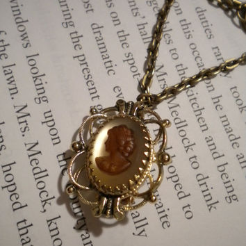 Vintage Whiting & Davis Co. Cameo Necklace