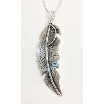 Western Vintage Revival Sterling Silver Feather Pendent