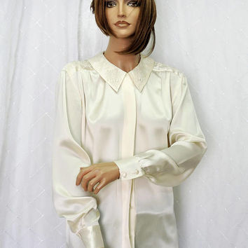 Vintage Paul Alexander / cream silk blouse / size M / 80s long sleeve silk beaded blouse / shirt / size 7 / 8 / SunnyBohoVintage