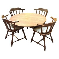 Pre-owned Hale Dining Set Table and 4 Chairs