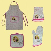 Marilyn Monroe 4 Pcs Kitchen Linens Set, Apron , Pot Holder, Towel, Oven Mitt