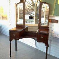 Sale, Antique Vanity