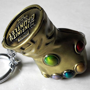 New & Hot The Infinity Gauntlet Thanos 3D gloves Gold 6cm Metal Key chain Ring Alternative Measures