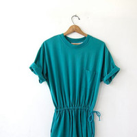 Vintage basic tshirt dress. Modern green pocket dress. Drawstring dress. Slouchy cotton dress.