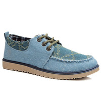 Casual Shoes With Tie Up and Stitching Design