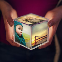 Cubee: The Illuminating Instagram Photo Cube