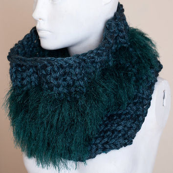 Chunky COWL in deep emerald green color handknit for women, bulky and soft / winter accessory scarf / warm with furry details