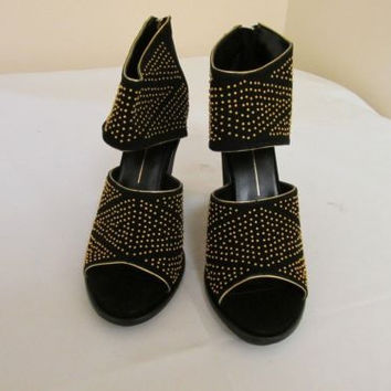 Dolce Vita Nita Black Suede Gold Studded Back Zip Open Toe Heels 11 M