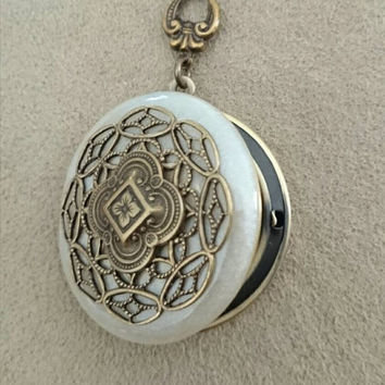 Vintage Locket Necklace pearly white Filigree Locket Anniversary Gift Vintage Ornate Locket wedding gift.