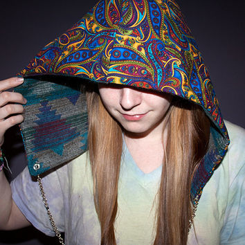 Festival Hood - Reversible with Interchangeable Chain - Paisley