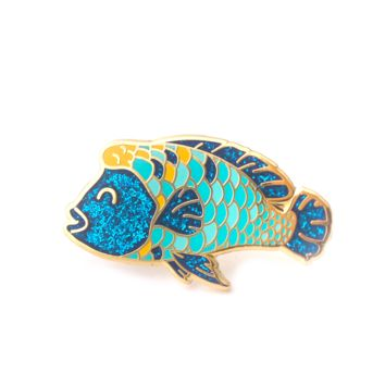 Humphead Wrasee Enamel Pin