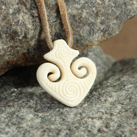 Eco cow bone pendant Maori Anchor