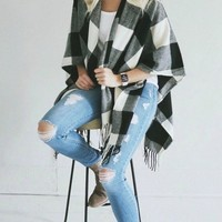 In Check Buffalo Plaid Poncho !
