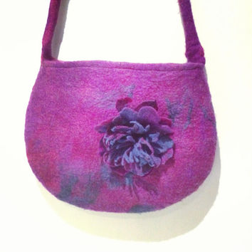 Handbag in Purple Burgundy Turquoise Handmade Felt Lined. Purple bag Wool, Shoulder Messenger bag, felt bag felt flower, Felt flower bag.