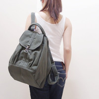 Christmas in July Sale - KINIES ESSENTIAL in Army Green -  Multipurpose Backpack / Shoulder bag / Cross Body / Tote