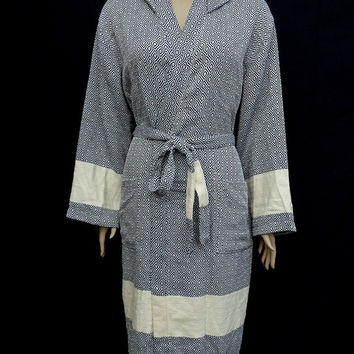 Women's or men's navy blue colour diamond patterned Turkish cotton hooded thick bathrobe, dressing gown.