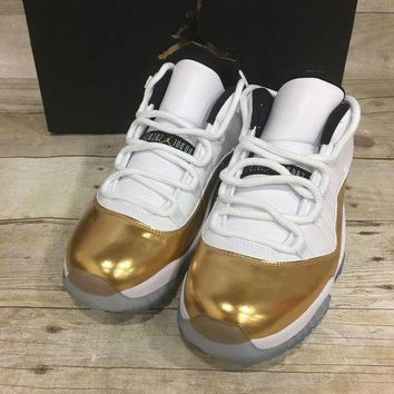ONETOW Air Jordan 11 Retro Low (White / Mtlc Gold Coin-Black) - 528895103