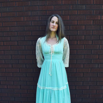 Ophelia Dress Vintage 1970s Cotton Gown Lace Maxi Dress Boho Sundress Medieval Princess Renaissance Folk Hippie Bridesmaid Gunne Sax Style