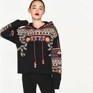 JOYINPARTY Boho female sweatshirt fashion floral embroiedered black women hoodies long Sleeve V-neck tassels brand clothing
