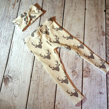 Cream / Gray Buck Print Turban Headband & Legging Set