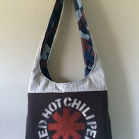 RED HOT CHiLI PEPPERS - Upcycled Concert/ Band T-shirt Boho Purse - OoAK