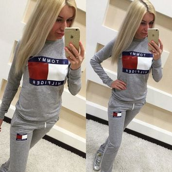 Full tracksuit womens jogger track pants and Sweatshirt jogging suits top and bottom Tommy Hilfiger