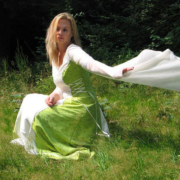 medieval historical light green wedding gown, wedding dress, costum made