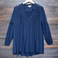 sedona lace accent tunic top