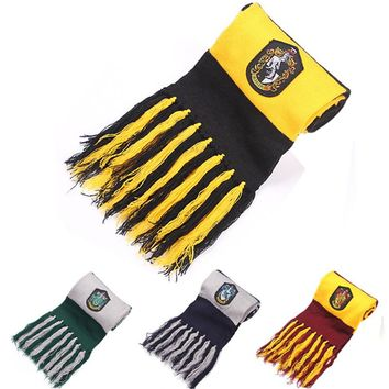 Harry Potter Hogwarts House Mascot Embroidered Scarf