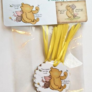Classic Winnie the Pooh Cake Pop Tags, Baby Shower Cake Pop Tags, Pooh Favor Tags, Pooh Party Supplies, Lollipop Tags,Birthday Cake Pop Tags