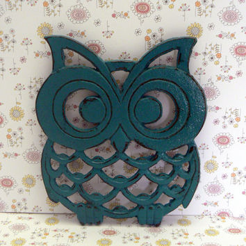 Owl Trivet Hot Plate Lagoon Teal Shabby Chic Distressed Kitchen Rustic Woodsy Decor Aqua Blue Ornate Cast Iron