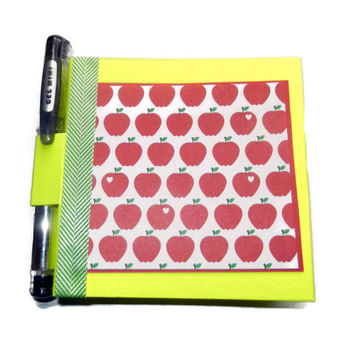 Apple Post It Note Holder with Mini Gel Pen