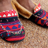 Tribal Slippers Men's Ethnic Akha Embroidery on Cotton Plush Lined Mocassin Style GIft