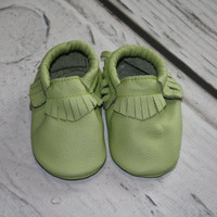 6-12 month genuine leather baby moccasins, baby booties, baby moccasins, infant moccasins, baby slippers, wholesale moccasins, toddler shoe