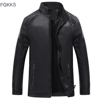 FGKKS New Winter Mens Faux Leather Jacket Washed Fleece Lined Motorcycle Stand Collar Fashion Jacket Casual Coat Male