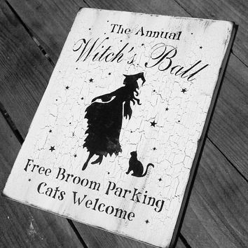 Halloween Witch, Witches, Chic Shabby Halloween decorations, Halloween decor, Halloween party witch decorations, wood signs, painted signs