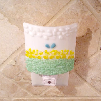 White Night Light with Decorative Yellow Flowers & Meadow