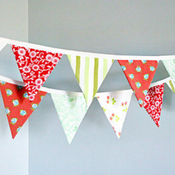 Christmas Bunting Banner Holiday Party Pennant Flag Garland Trimming Decoration Red Green Festive Decor