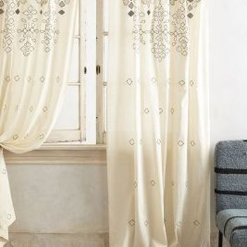 Sequined Curtain by Anthropologie in Cream Size: