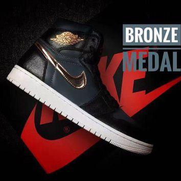 DCCKD9A Air Jordan 1 High AJ1 BRONZE MEDAL Men's Sneaker US7-12
