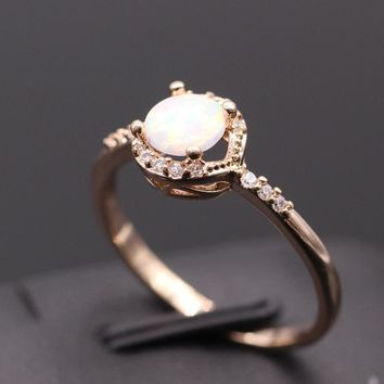 STYLEDOME Cute Simple Round Jewelry White Fire Opal Zircon Champagne Ring