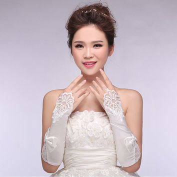 2015 New Vintage Wedding gloves White long Lace Fingerless Bridal Gloves Satin gloves bridal accessoires