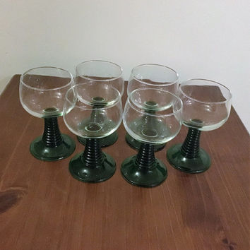 Vintage 1960s Set of Six (6) Luminarc Emerald Green Goblets / Ribbed Stem French Drinking Glasses / Retro Luminarc Tumblers