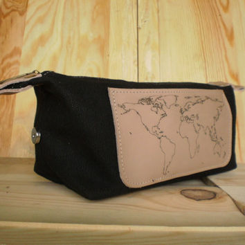 Personalized travel bag, Waxed canvas Dopp kit, Leather shaving bag, Set of dopp kit bags, Groomsmen gift, Cosmetic bag, Map of the world