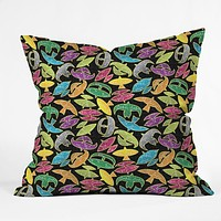Raven Jumpo Wow Wau Throw Pillow