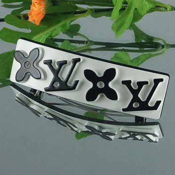 Louis Vuitton Women Fashion Pattern Hairpin Barrette