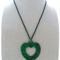 Heart necklace, green jade necklace, carved jade necklace, pendant necklace, stone necklace, uk gemstone jewellery, italian jewels